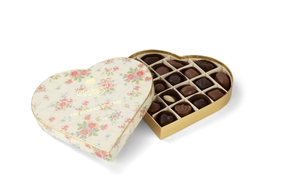 Vintage 255g heart £25.00 Fine Dark & Milk Chocolates